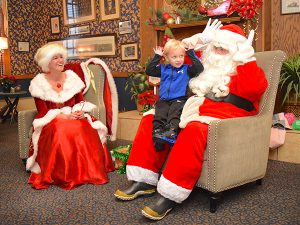 Santa-and-Ms.-Claus-