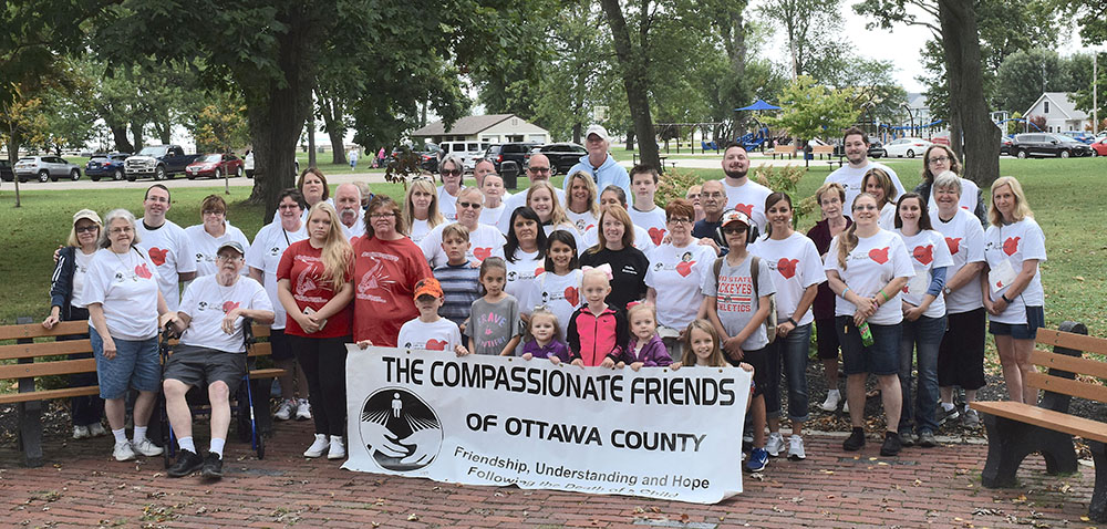 Compassionate Friends take a 'Walk to Remember' in Port Clinton