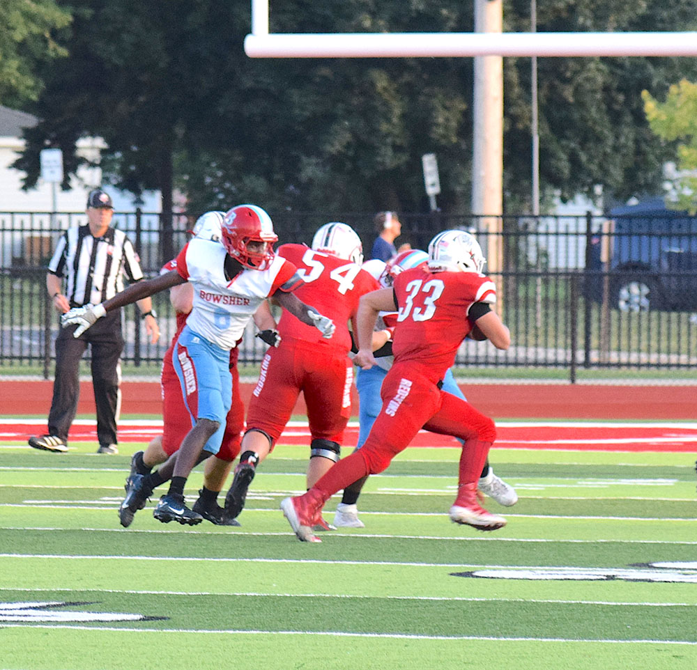 Port Clinton Redskins roll  over Toledo Bowsher, 42-8
