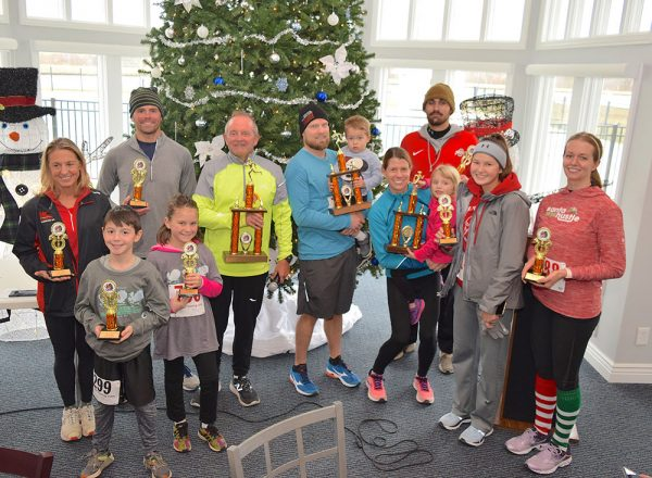 Jen and Sean Mooney with other Jessie Schenk Memorial 5K Turkey Chase winners