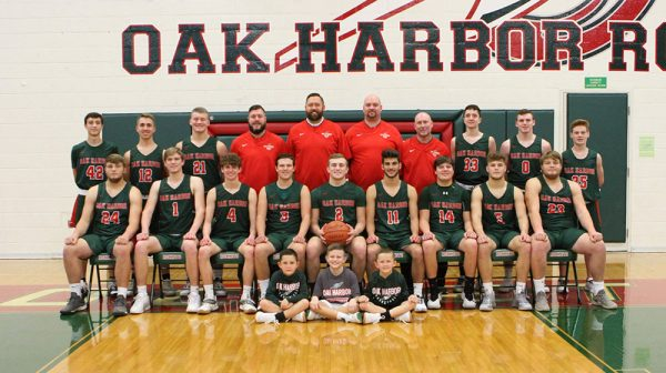 Oak Harbor Rockets boy varsity basketball team