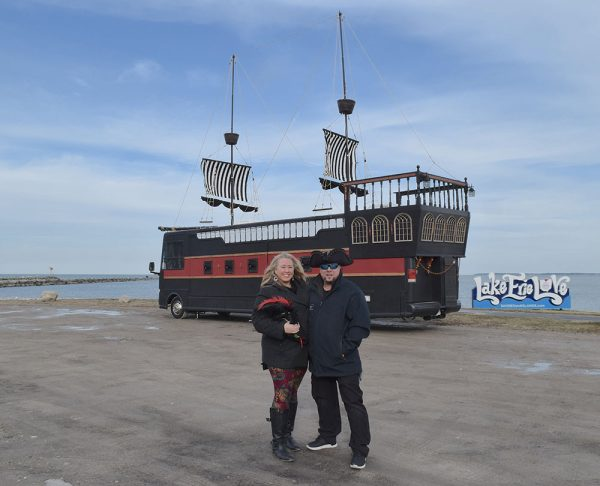 Image of Kelly and Bill Rigoni and the RV Northern Exposure Land Ship