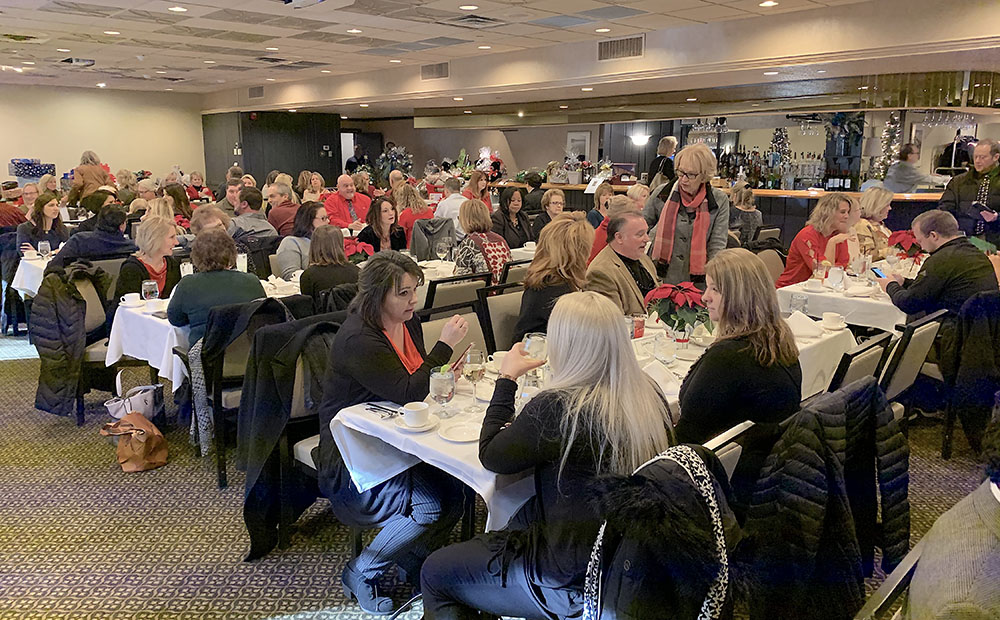 Local realtors annual Charity Christmas raises scholarship funds