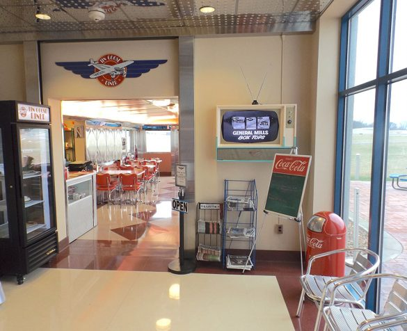 Image of the inside of the Tin goose diner