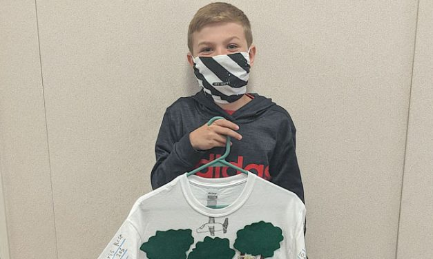 PCMS students create T-shirt Book Reports