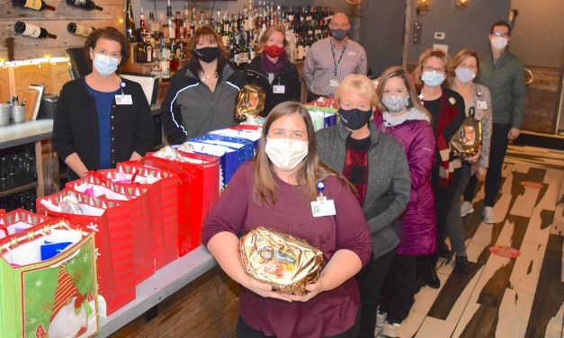 Donation allows United Way, Magruder to deliver holiday meals