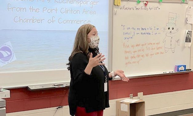 Port Clinton Middle School students learn job application skills